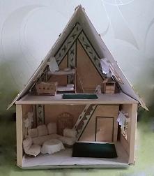 Domek z wyposażeniem