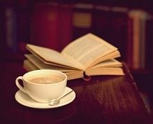 Jakieś propozycję ciekawych lekkich książek do przeczytania?  ; )