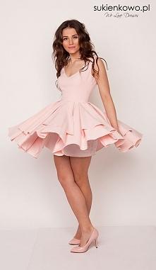 Sukienka mega rozkloszowana