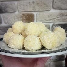 trufelki kokosowe z kaszą jaglaną