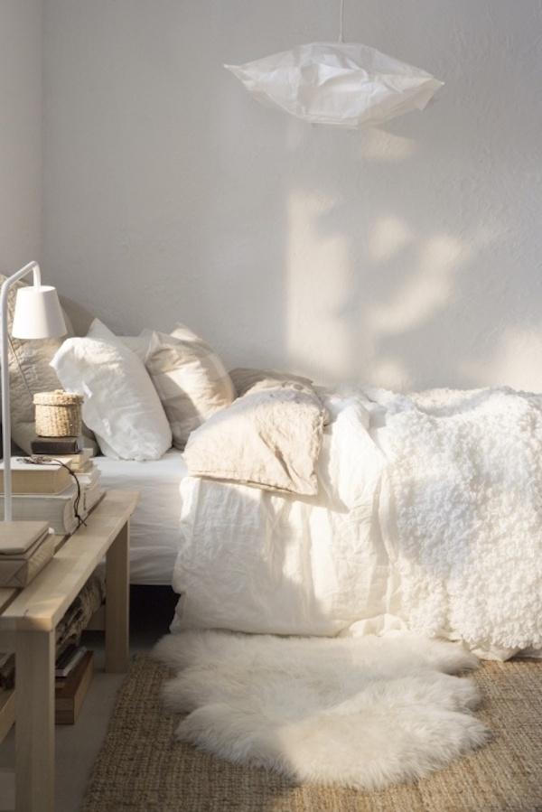 Biała sypialnia - sypialnia w kolorze białym to sypialnia