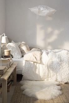 Biała sypialnia - sypialnia...