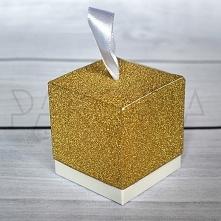 Pudełko ZŁOTE BROKATOWE ze wstążką. Podziękowania dla gości, pudełeczko na cukierki. Na wesele ślub czy inną okazję. Złoty brokat, glitter, bryła, sześcian. Inspiracje na wesele...