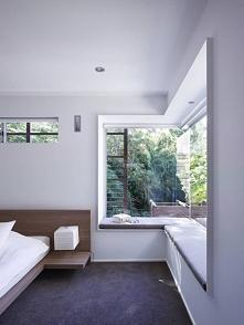 Miejsce do siedzenia przy oknie w sypialni? Czemu nie! Zainspiruj się i znajdź rozwiązanie idealne dla Ciebie i Twojego domu - zapraszam na nowy wpis z serii Amerykański Dom i W...