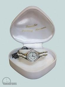 Biały zegarek naręczny