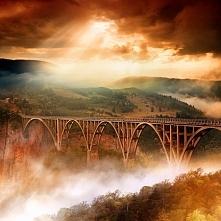 Jak bajkowo ...  Most Đurđevića Tara, Czarnogóra