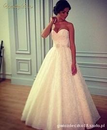 suknia **
