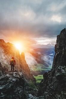 Prawdziwa podróż odkrywcza nie polega na szukaniu nowych lądów, lecz na nowym spojrzeniu