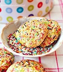 Kolorowe kruche ciasteczka