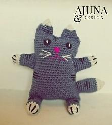 szydełkowy kotek maskotka