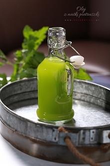 Olej z natki pietruszki, olej pietruszkowy