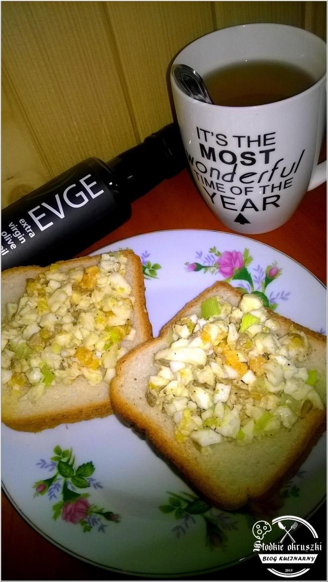 Pełna zdrowia pasta kanapkowa ze słonecznikiem i oliwą z oliwek. Przepis po kliknięciu w zdjęcie