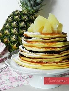 Racuszki twarogowe z soczystym, świeżym ananasem! <3