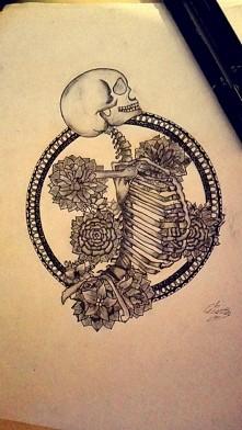 czarny długopis + ołówek ^^