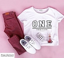 Look of the day!  Spodnie ,t-shirt i case: House/Ptak Outlet Buty Vans Authentic White: City Sport/ Ptak Outlet Perfumy Beyonce Heat: Salon Amora/Ptak Outlet