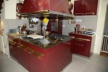Włoskie kuchnie Steel z serii Ascot