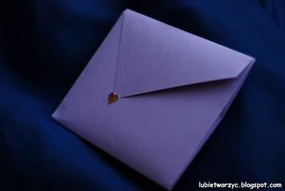 Koperta wykonana techniką origami, która może zostać wykorzystana jako zaproszenie (urodzinowe, imieninowe, itp.)