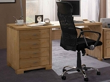 Solidne biurko Marco wykonane z litego drewna sosnowego. Cała kolekcja Marco oraz wiele więcej mebli dostępne na seart.pl