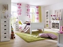 Białe łóżko z kolekcji Halifax wykonane z litego drewna mahoniowego. Cała kolekcja Halifax oraz wiele więcej mebli dostępne na seart.pl