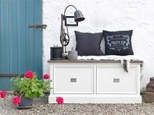 Rustykalna biała ławka z kolekcji Olsen wykonana z drewna dębowego. Cała kolekcja oraz wiele więcej mebli dostępne na seart.pl