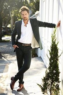 Dobrze ubrany mężczyzna, to bardzo przystojny mężczyzna :) Uwielbiam takie st...