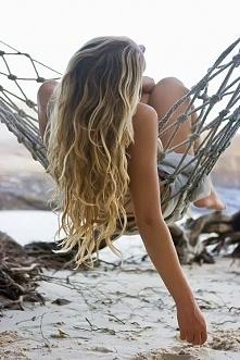 Najlepsze fale jakie? Morskie fale :) Piasek, woda, słońce i rozpuszczone dłu...