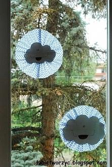 Chmury - dekoracje okienne w przedszkolu