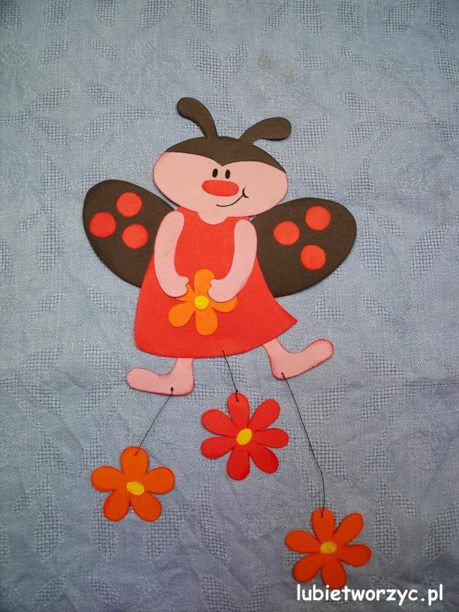 Biedronka - wiosenna dekoracja