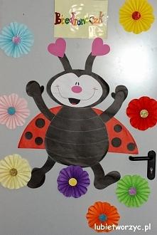 Biedronka - dekoracja drzwi przedszkolnej sali dydaktycznej