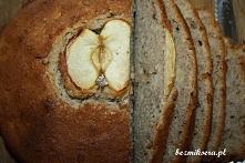 Przepis na chleb gryczany z jabłkami