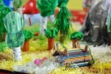 Wioska smerfów - ekologiczna makieta wykonana przez dzieci w wieku przedszkol...