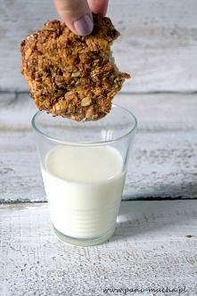 zdrowe słodycze: ekspresowe ciasteczka owsiane w 10 minut - po przepis kliknij w zdjęcie