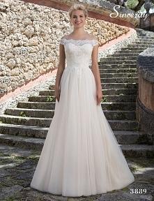 Sukienka ślubna :)