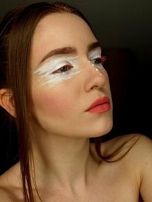 Makijaż artystyczny NYX w b...
