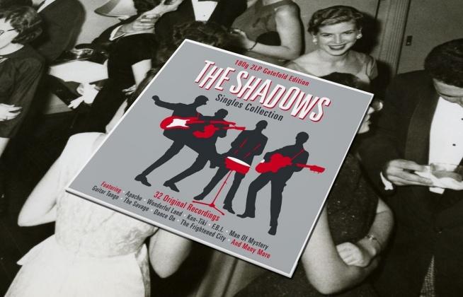 """W sklepach dostępny jest już album legendarnej grupy The Shadows zatytułowany """"Singles Collection"""". To nie lada gratka dla wielbicieli płyt winylowych, a także grupy, z którą nieodłącznie kojarzony jest Cliff Richard."""