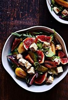 Sałatka z figami, pomidoram...