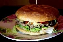 Domowe burgery wołowe - najlepsze na wszystko. ;) I ma się to poczucie, że je...