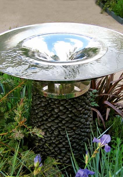 nowoczesna fontanna ogrodowa