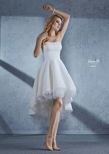 Znacie jakieś sklepy internetowe oferujące wyjątkowe sukienki na specjalne okazje? Jeśli tak, to proszę pisać w komentarzach