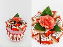 Wyjątkowy tort z 20 czekoladek Kinder i 9 batoników Kinderbueno  Oryginalny pomysł na komunię, urodziny, 18-nastkę. Więcej na kwiatyupominki.net