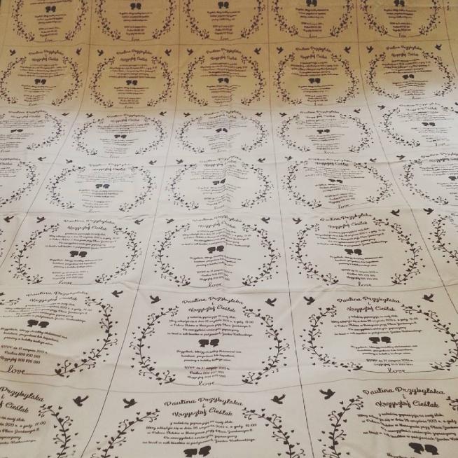 zaproszenia ślubne na tkaninie - przed pocięciem :)