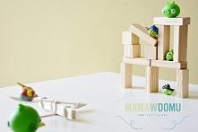 Domowa wersja gry w Angry Birds. Potrzebne: klocki i drewniane patyczki po lo...