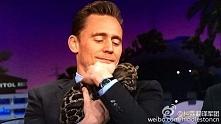 Ooo. *.* Tom Hiddleston ♥