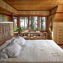 duże łóżko *__*