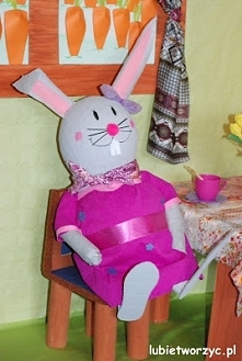 Pani Zajączkowa - element wiosenno - wielkanocnej dekoracji przedszkolnej (po...
