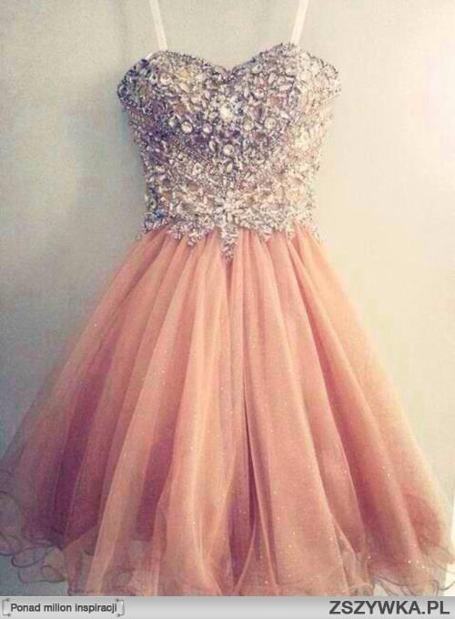 a2884f2c6d suknia na bal gimnazjalny nadaje się    na mój styl - Zszywka.pl