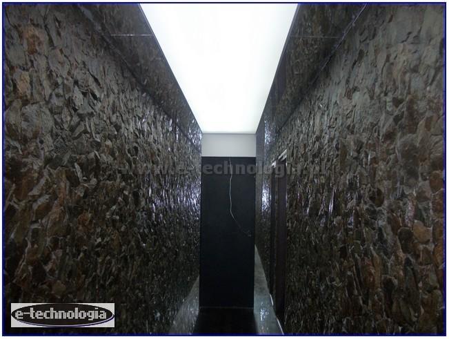 nowoczesny korytarz światło do korytarza e-technologia  e-technologia.pl
