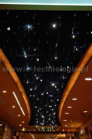 oświetlenie dekoracyjne do korytarza projekt korytarza e-technologia  e-technologia.pl
