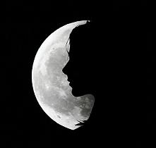 Każdej nocy patrzę w srebrn...