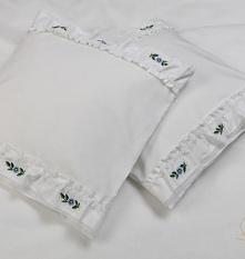 Poduszki z autorskim haftem
